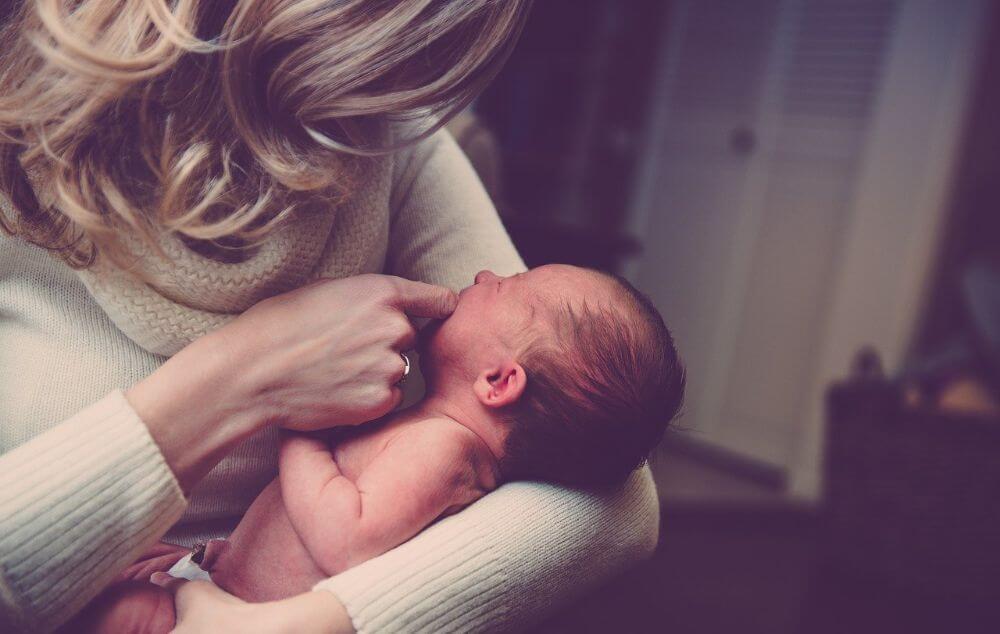 Amikor a babánk látszólag ok nélkül sír